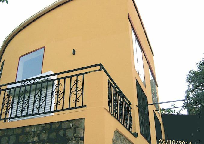 Villa near Ivato Airport for 600 €/month