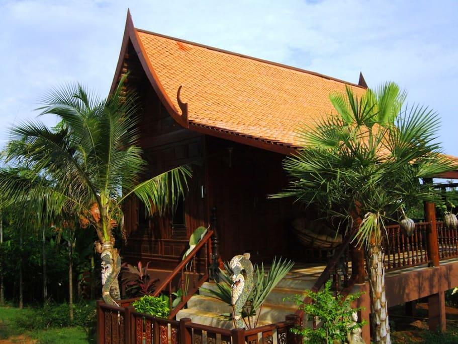 Thai classic Teakhouse