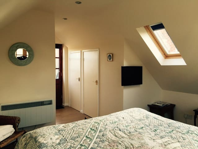 Down's Edge - Beautiful Dbl Room - Eastbourne - Casa
