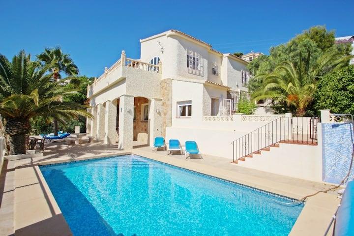 Casa del Campo - sea view villa with private pool in Moraira