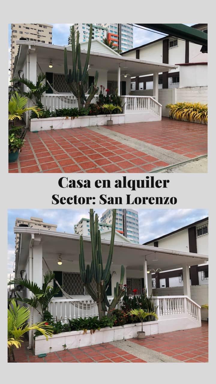 Casa de la Playa ubicada en Salinas San Lorenzo