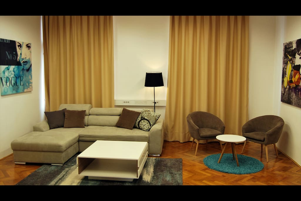 Spacious Living Room - 2