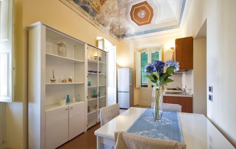 Apartment via Roma centro storico