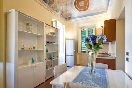 Apartment Via Roma centro storico - Alghero - Lakás