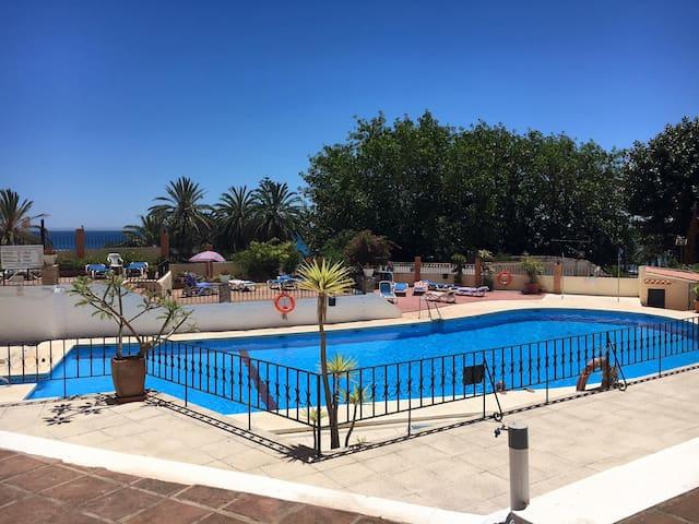 Costa Holidays Apartament