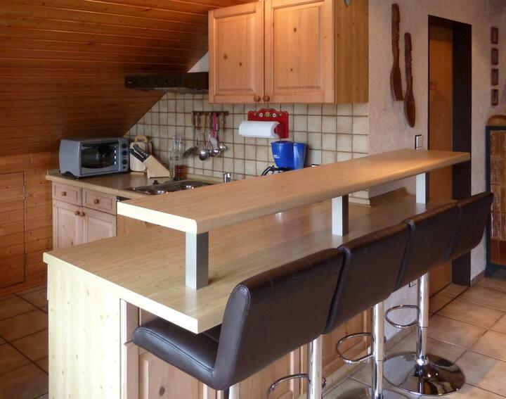Ferienwohnungen Vesteblick (Dörfles-Esbach), Komfort Studiowohnung mit großer Loggia und herrlichem Ausblick