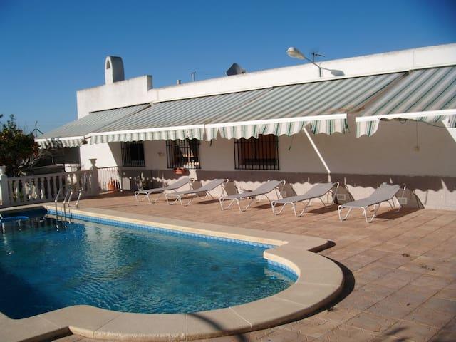 Maison SANTA POLA avec piscine
