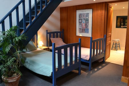B&B-Idyll St-Malo Brittany, suite - Bed & Breakfast
