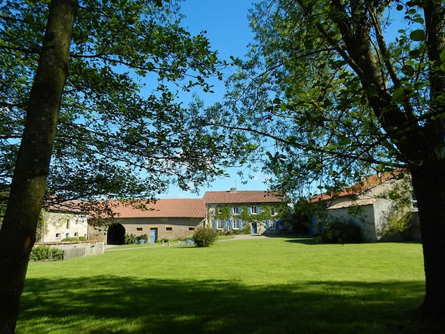 Gîte de Godchure - Saint-Hubert - Dům