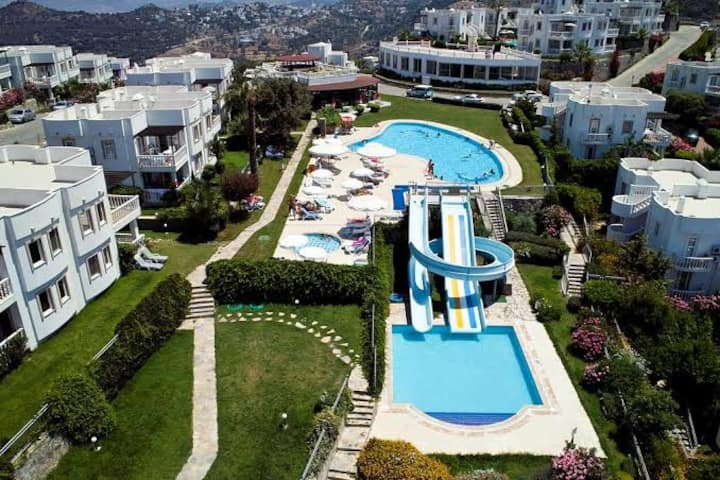 Bodrum Yalikavak Holiday Apartment Seaview& Pools