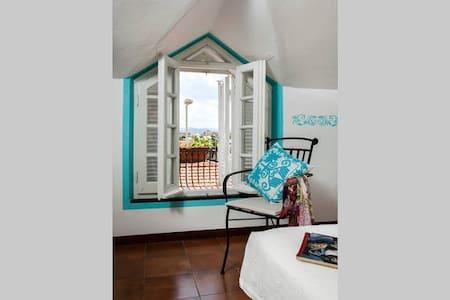 """Deledda"" room: dreaming Sardinia"