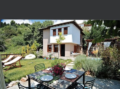 PELION HOMES | VILLA DIONI w/ a small cooling pool - Agios Georgios Nilias - Vila
