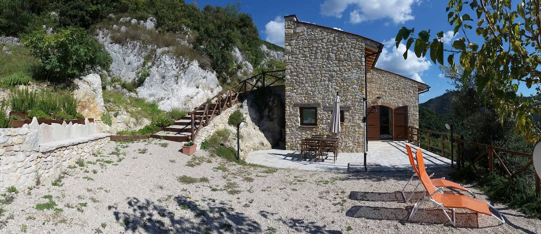 FORCELLE AL SOLE - green farmhouse - Roccantica - Daire