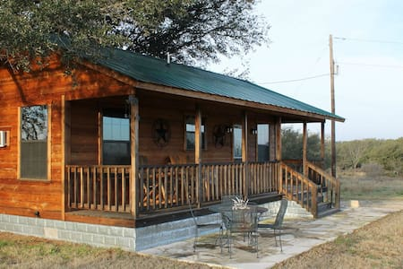 Cabin - Fredericksburg Wine Country - Johnson City - Cabana