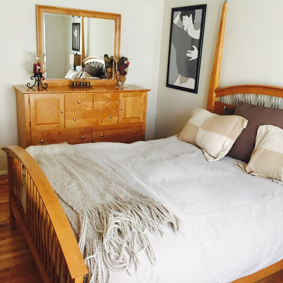 Furnished Room/ Beautiful bedroom set, down comforter and new marble bathroom with clean and mediterranean style tub