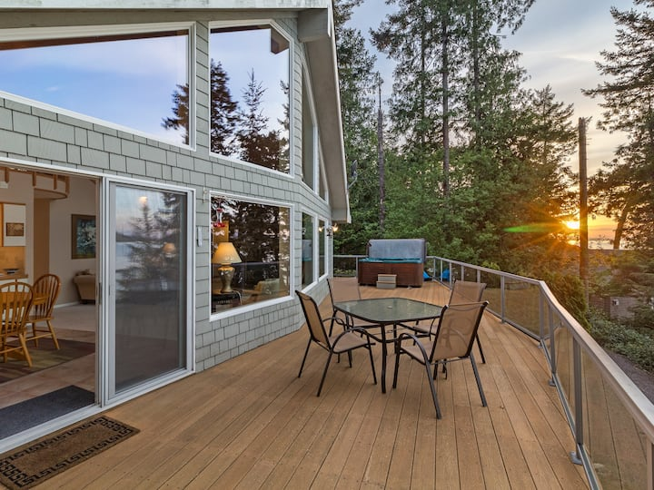 NEWLY LISTED! WATERFRONT! Near Roche Harbor! Views of Spieden Island (SSH)