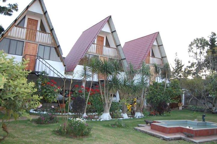 Cabaña La Pinta, Chichicastenango