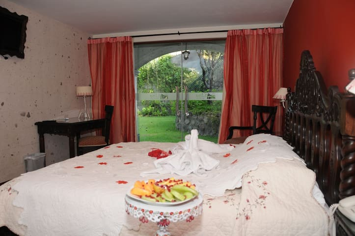 Villa Elisa is a great choice in Arequipa for honeymoon.