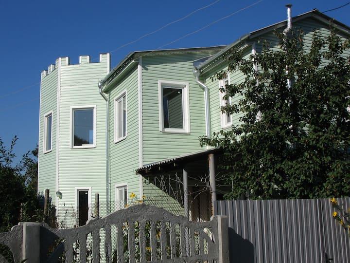 Дом 120м2 + гараж 24м2 уч. 5 соток