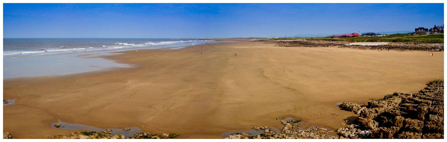1st Floor Apartment Close The Beach - Porthcawl