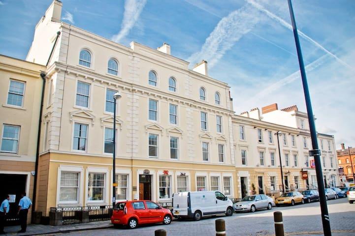 Stylish Apartment in the heart of Cardiff Bay - Cardiff - Huoneisto