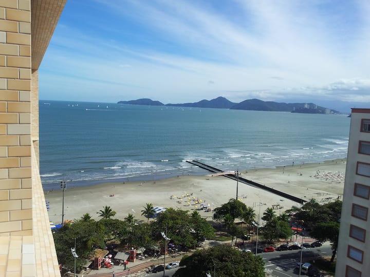 Frente à Praia, Vista Mar, 2 quartos , AC, 1 Vaga