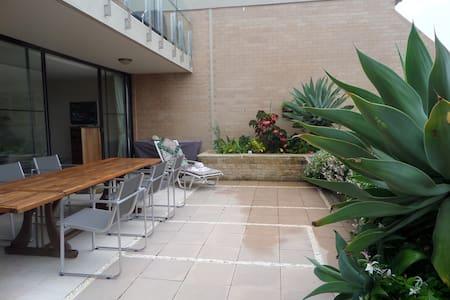 Manly /Fairlight -garden apartment - Fairlight