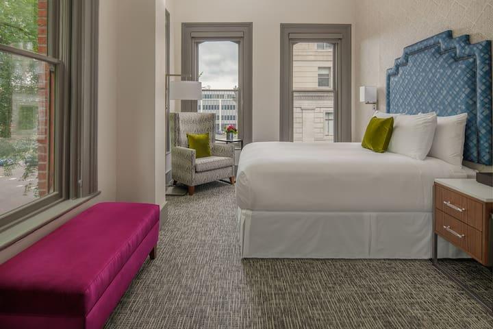 Harlow Hotel, Deluxe Corner Queen Park View
