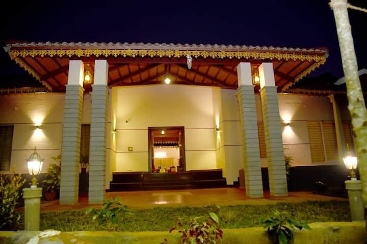 Chittara - A Courtyard Home (2)