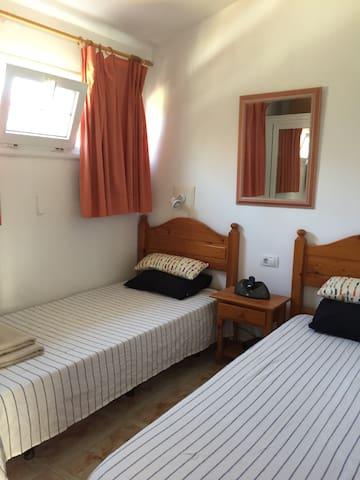 Habitación privada  con Piscina - San Bartolomé de Tirajana - Casa