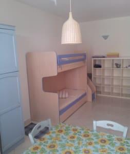 appartamento max 2 adulti a  Venturina Terme - Venturina Terme
