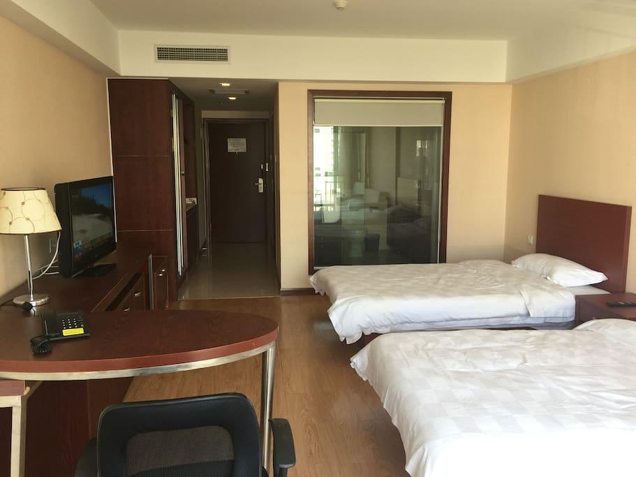 54平米房间宽敞干净整洁舒适