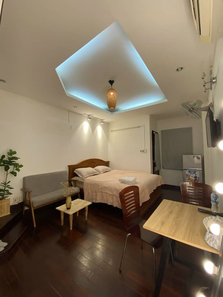 Cozy private room and cheap near Bui Vien