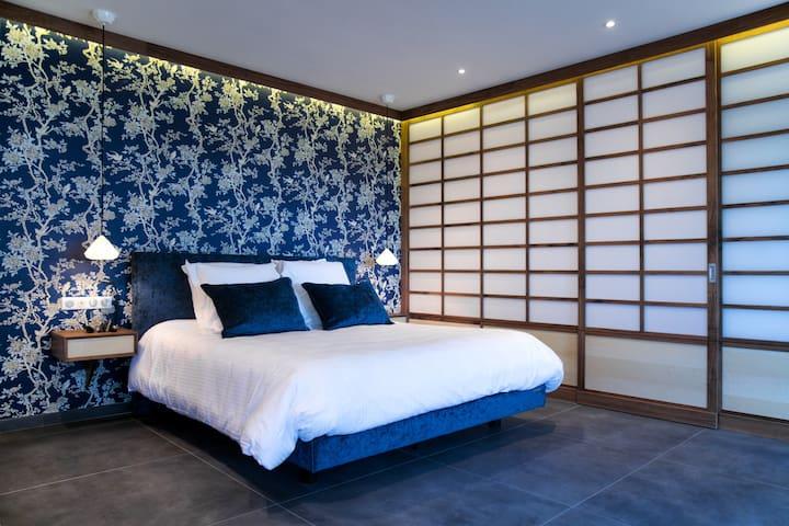 Suite De Luxe Avec Jacuzzi Privatif Guest Suites For Rent In