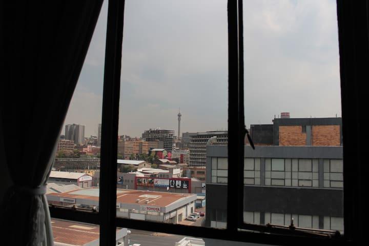 Perfect Maboneng loft studio! - Johannesburg - Lägenhet
