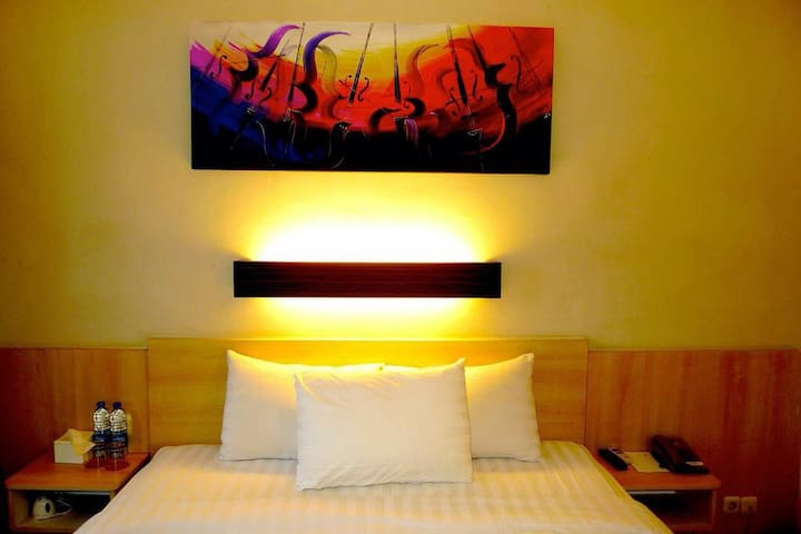 Cozy Stay in Kuta Single/Solo  (DLX Room Only)