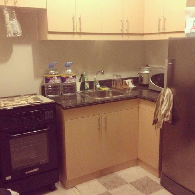Complete kitchen utilities