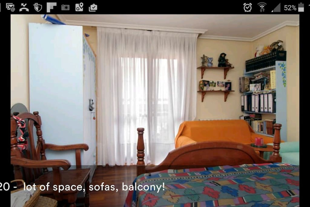 1 room double bed with balcony
