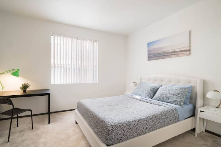 Universal Studios One Bedroom Private Apartment