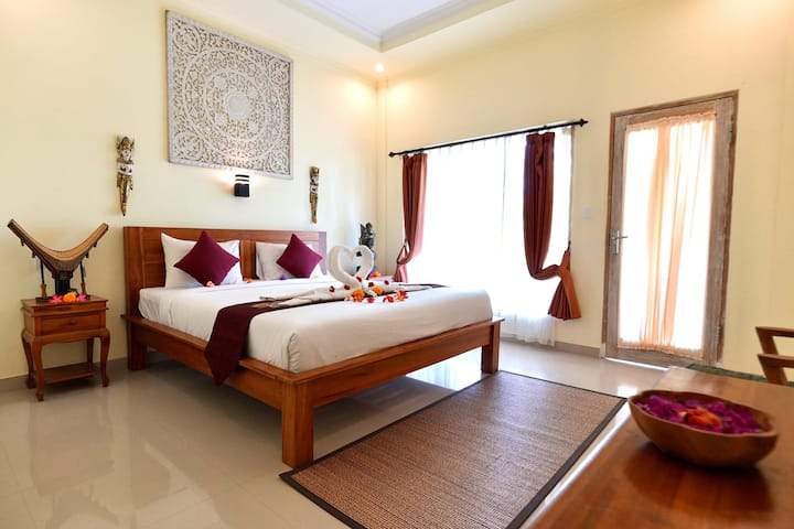 Cocotree view feel at toraja.vinayaka double room