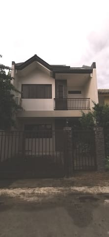 2-storey Villa ideal for Family staycation.