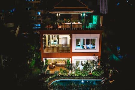 Villa Arabella Pattaya, Pool & Jacuzzi 227 - Muang Pattaya - Villa