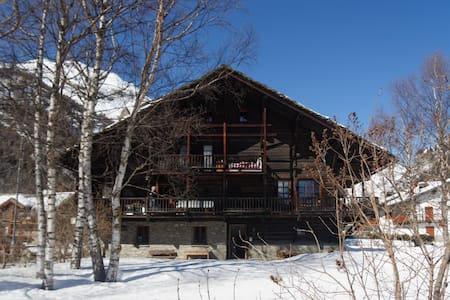 in casa walser vicina al centro. WF - Gressoney-Saint-Jean