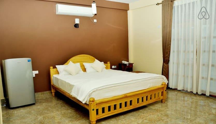 Room(s) 1-4