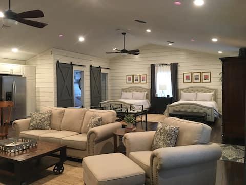 Guest Studio Cottage