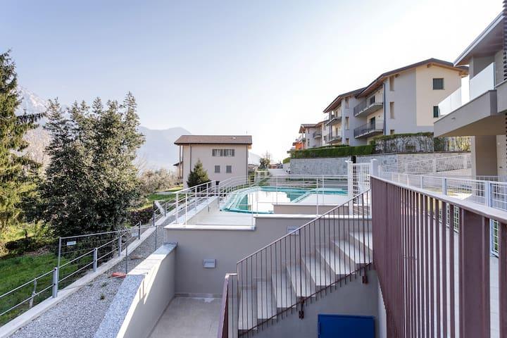 Modern apartment with lake view & shared seasonal pool!