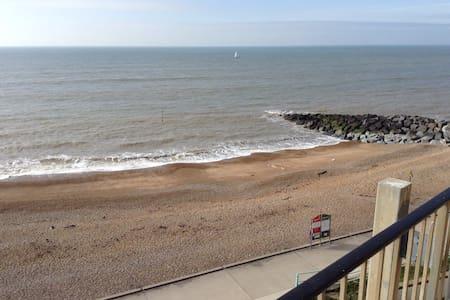 Panoramic sea views!! Rottingdean Brighton