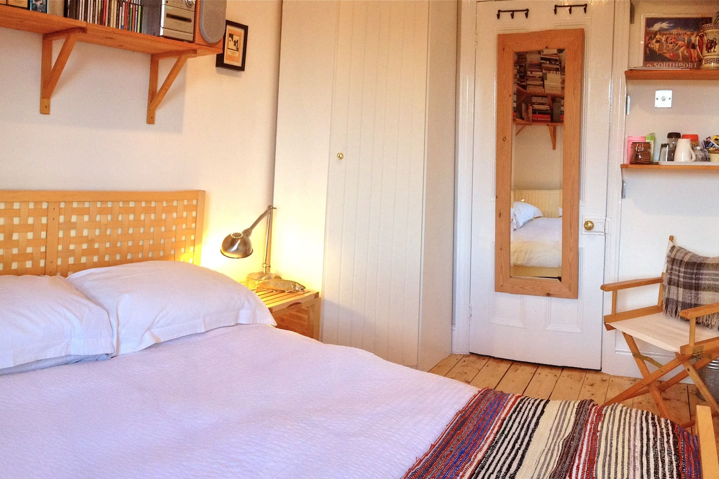 Small double room, more suited for a single person or a couple for one or two nights only (floor space is limited)