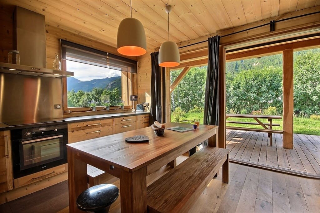 chalet prestige serre chevalier 1 apartments for rent in le mon tier les bains provence alpes. Black Bedroom Furniture Sets. Home Design Ideas