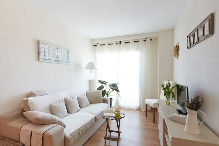 Apartamento Turístico Aitaldekoa 3* - Barañáin - Appartement
